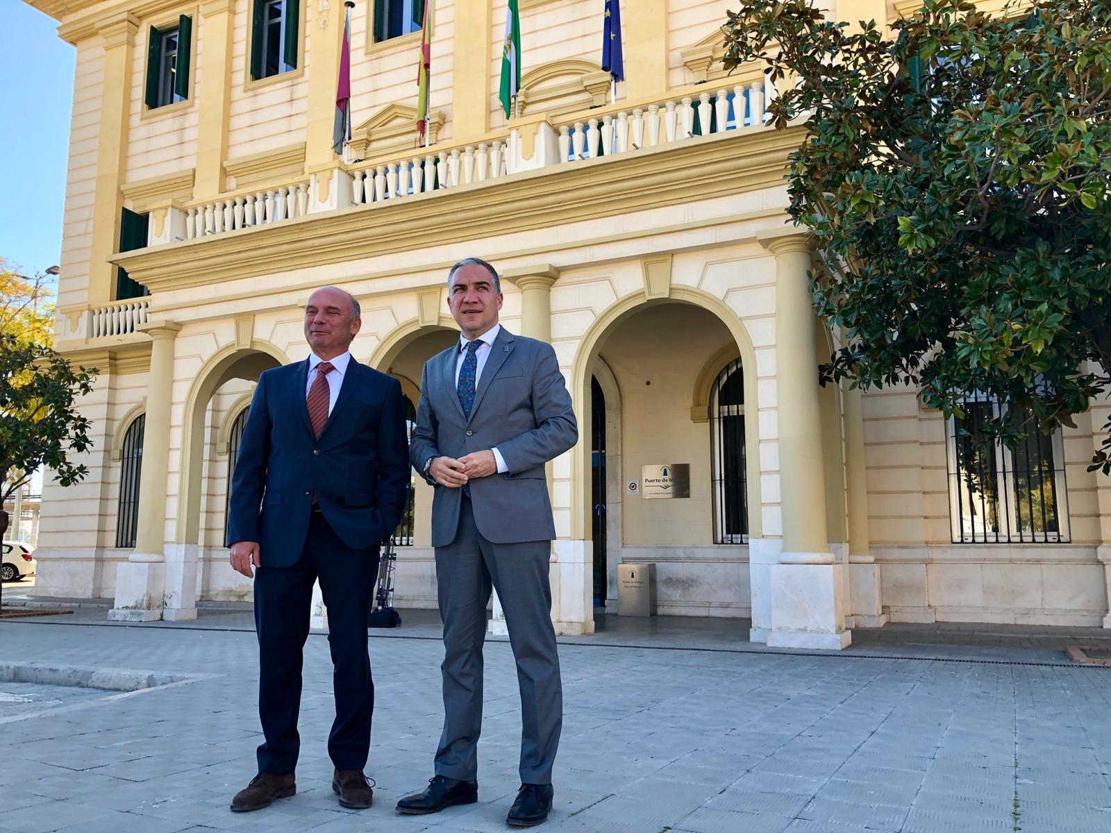 El consejero de la Presidencia, Elías Bendodo, se reúne con el presidente  de la Autoridad Portuaria de Málaga