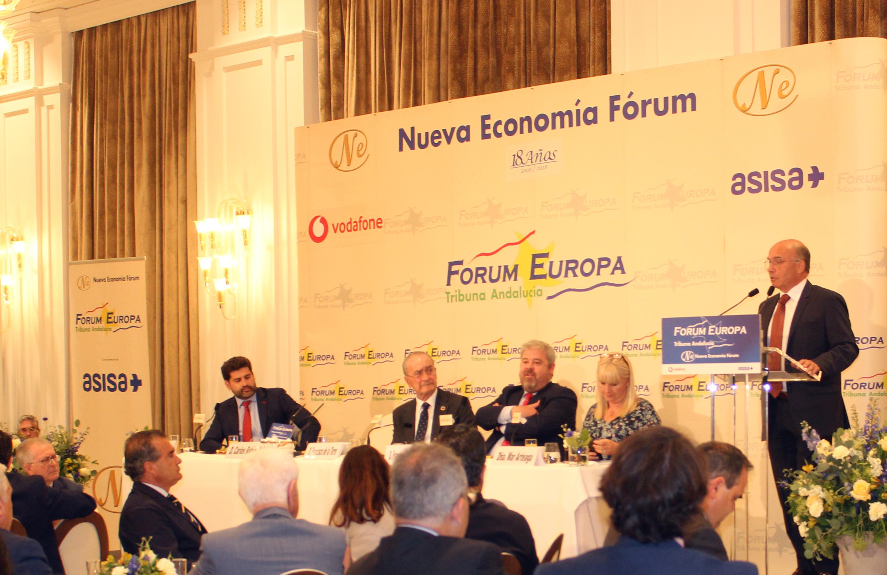 Carlos Rubio anuncia el desarrollo de un Plan Estratégico para el Puerto de Málaga en los próximos 4 años