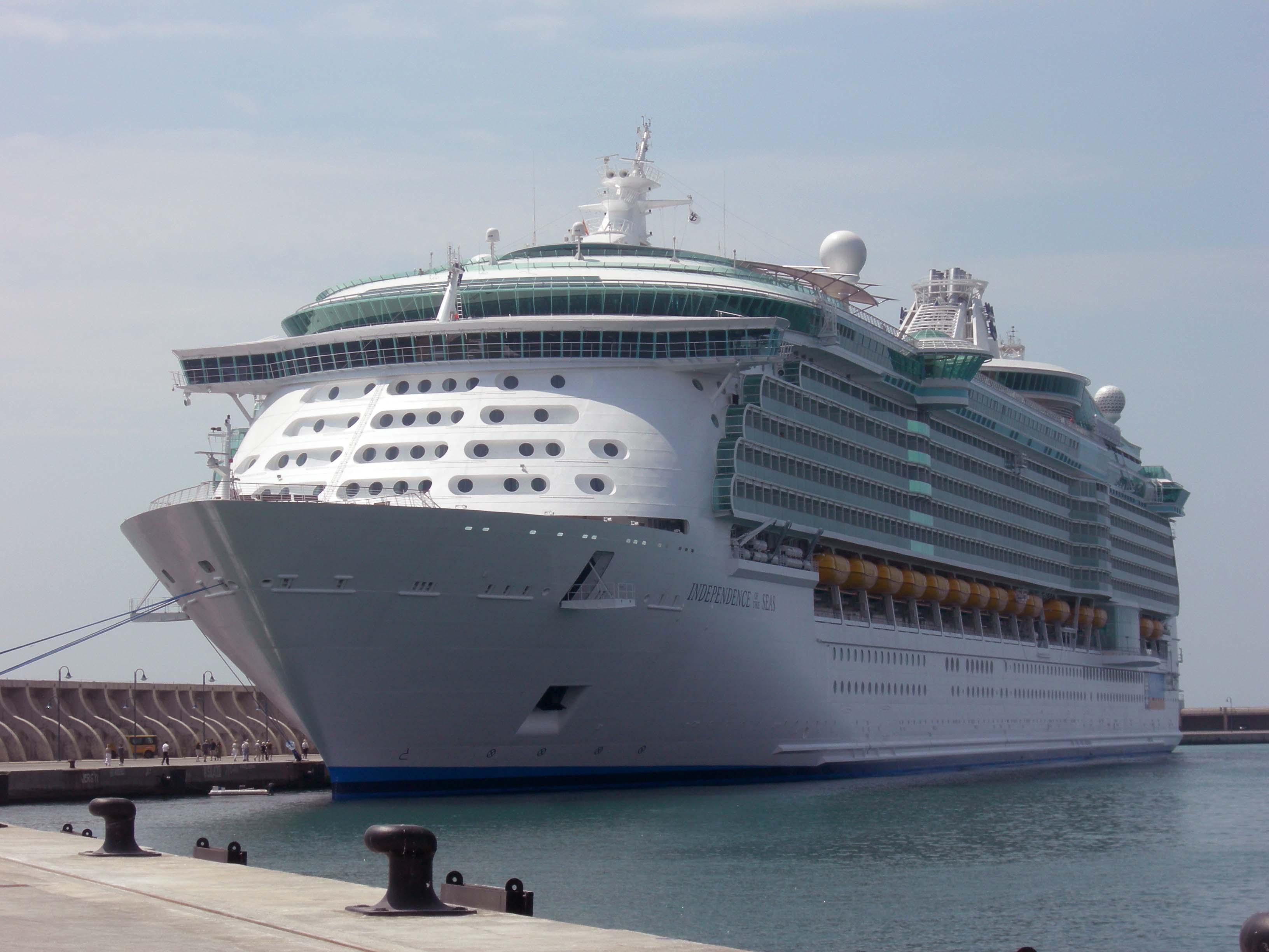Hasta 15.000 visitantes llegarán a bordo de buques de crucero durante Feria